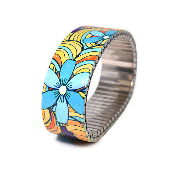 "Squiggle-Flower- Pop- Tropicali 23mm  A Yellow hued version of our best selling ""Squiggle Flower Pop"" style.  New for Summer 2020.  Rostfreier Stahl, nickelfrei, kratz- und wasserfest. by Banded Berlin Bracelets"