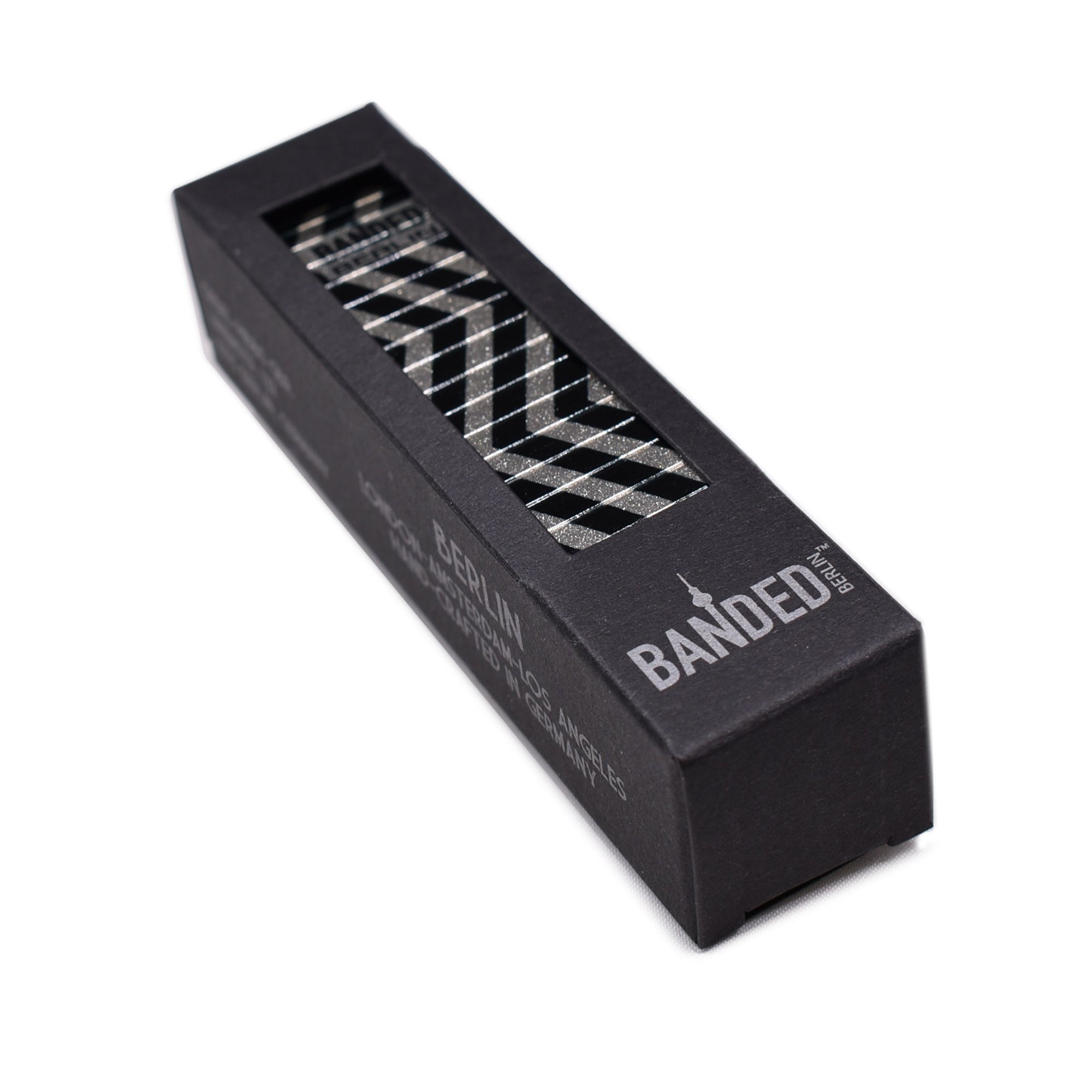 ZIG ZAGERATE Metallic 23mm Packaging by Banded Berlin Bracelets made in Germany