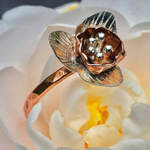 Load image into Gallery viewer, Handforged Silver & Copper Daffodil Ring