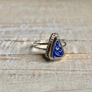 Antique Blue Willow Pottery & Silver Double-Band Ring