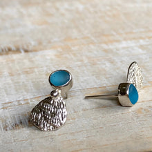 Load image into Gallery viewer, Turquoise Sea Glass & Silver Seashell Earrings