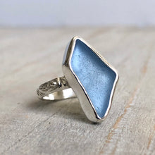 Load image into Gallery viewer, Ocean Blue Sea Glass & Silver Renaissance Ring