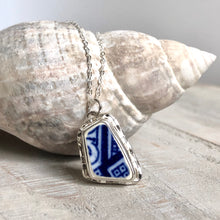 Load image into Gallery viewer, Blue Willow Pottery & Silver Faceted Necklace