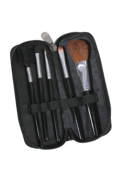 Beauty Treats 5 Piece Brush Set w/ Zipper Pouch #137
