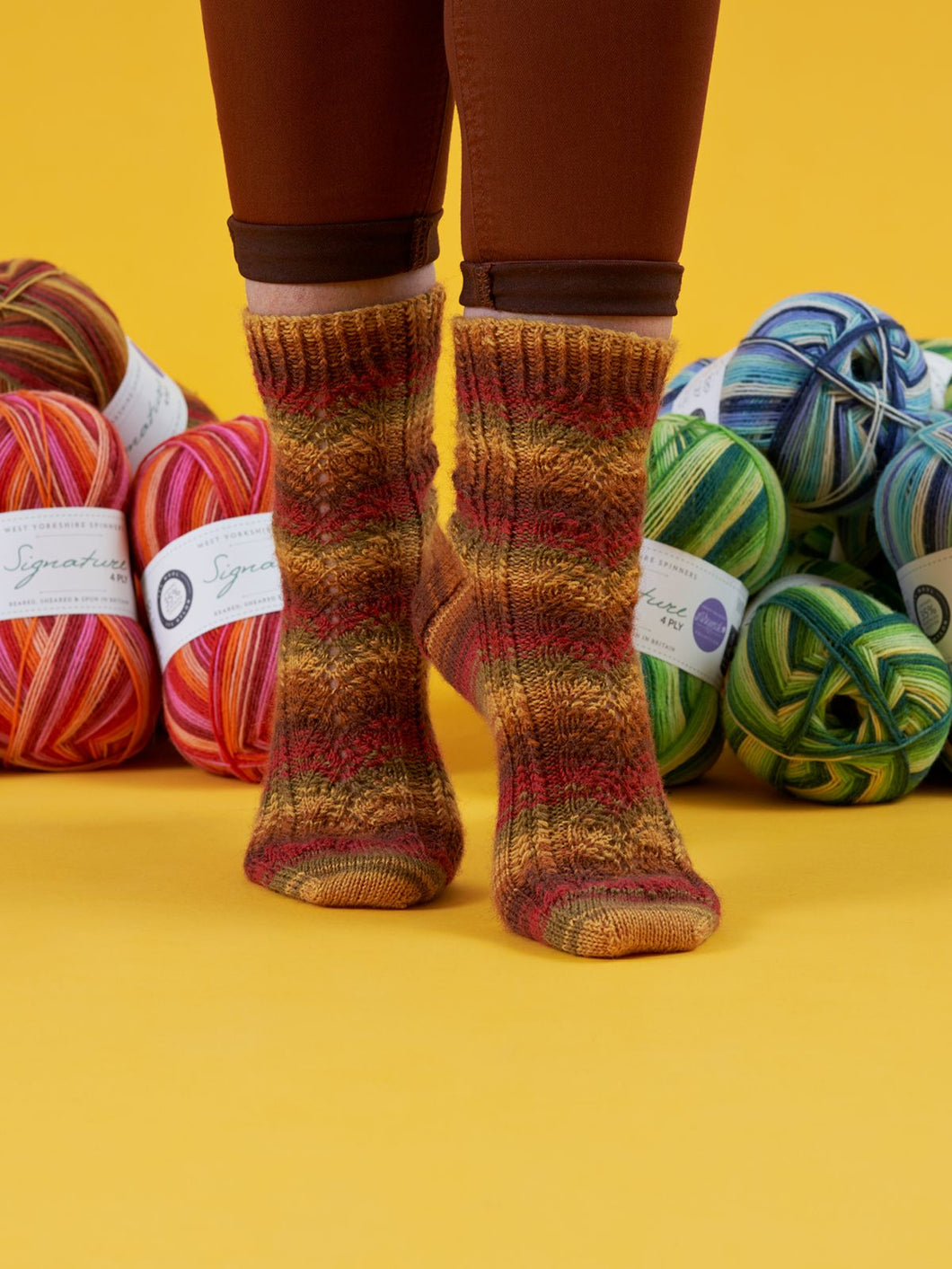 Falling Hues by Winwick Mum PDF sock pattern at Eskdale Yarns