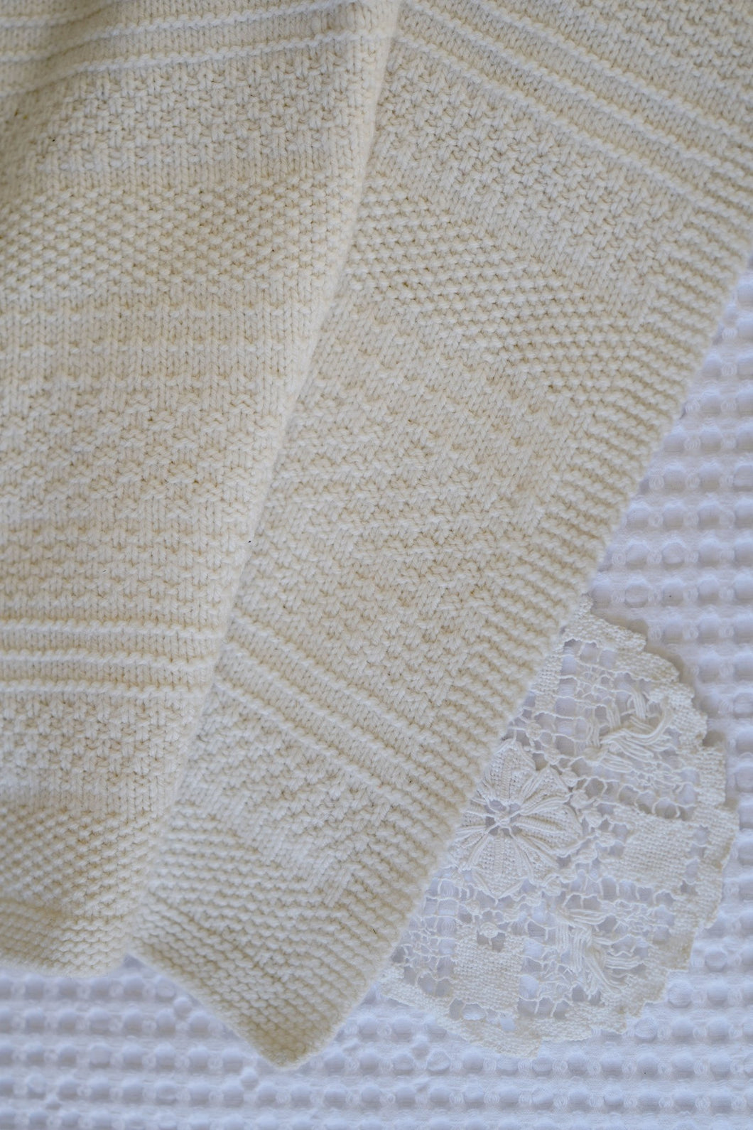 LisaF Knit and Purl blanket knitting pattern at Eskdale Yarns