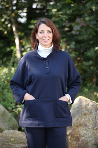 Barden Sweatshirt Smock in Navy or Black