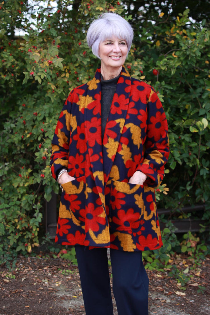 Woodstock long Jacket in Navy/Red/Gold.