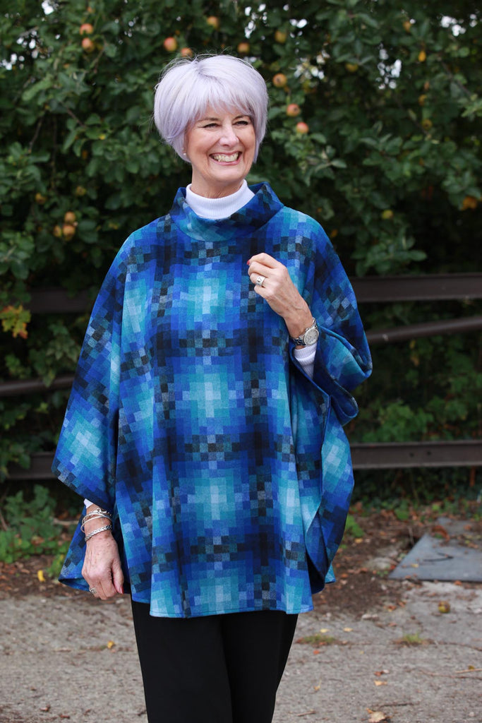 Argyll Poncho in Blue/grey
