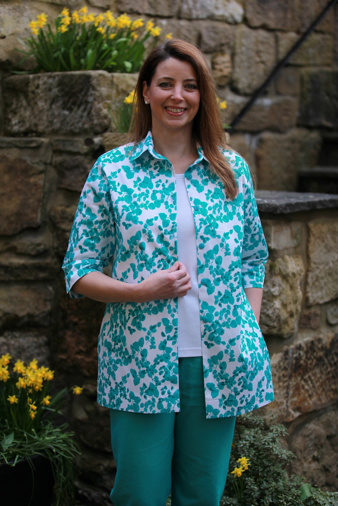 Shelley long shirt in White/Jade Sizes 14 and 18 only
