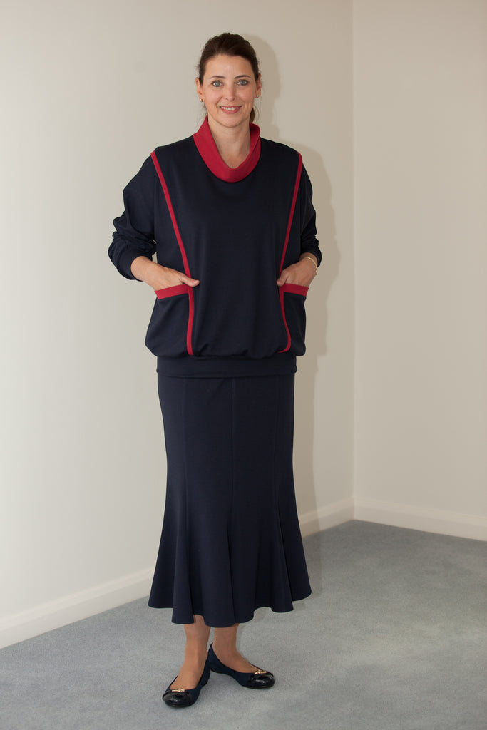 Stratford Jersey Skirt in Navy Sizes 14 and 16 only