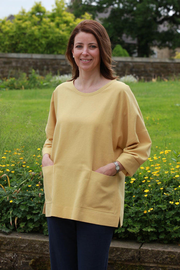 Sandy Smock in 7 Colours and 5 sizes.