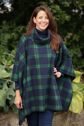 Glenside Poncho in Black watch