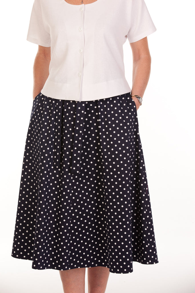 Bay Skirt in Navy/white spot