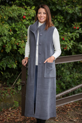 Calder long sleeveless fleece coat in Pewter