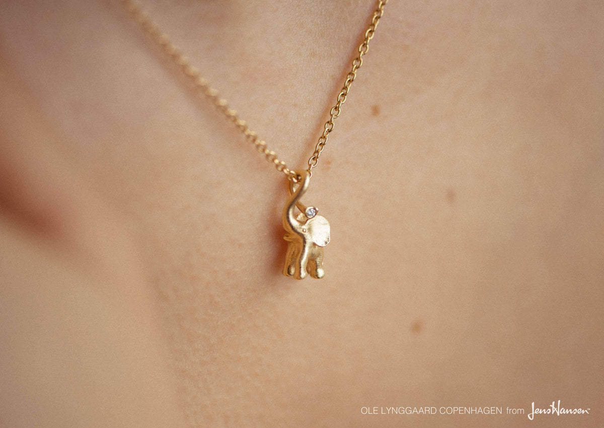 My Little World charm in 18K yellow gold and diamonds TW.VS