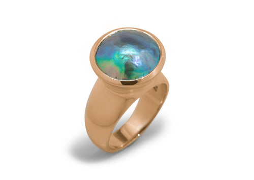 Luminescent Pāua Pearl Ring, Red Gold
