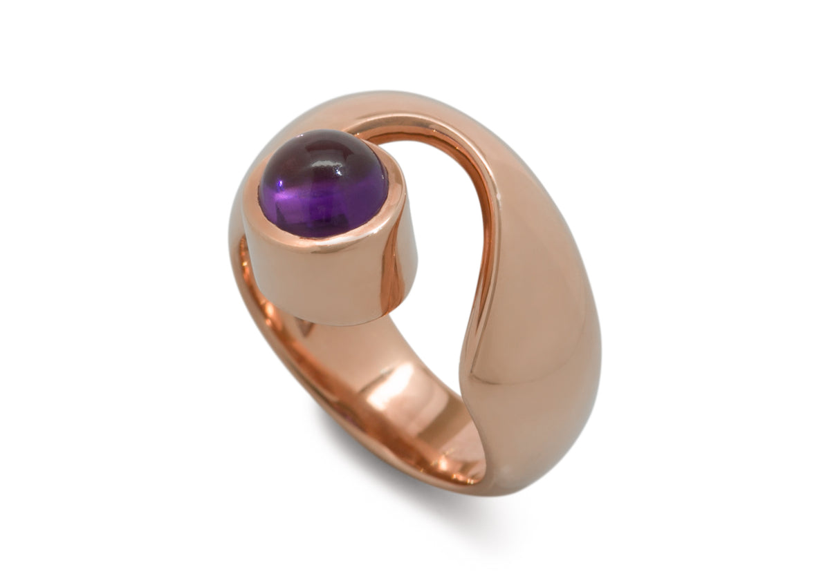 Wondrous Cabochon Gemstone Ring, Red Gold