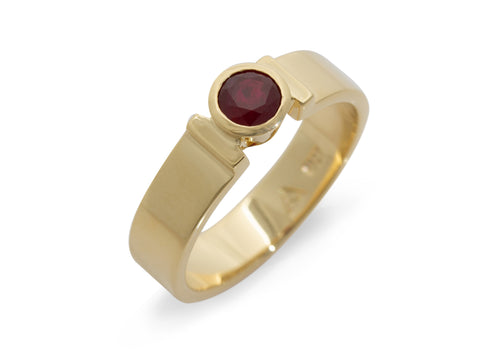 Ruby Ring, Yellow Gold