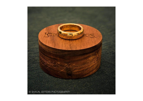 The Lord of the Rings: The One Ring: Gold Plated Tungsten Carbide (with Elvish runes)   - Jens Hansen - 6