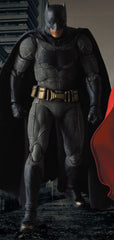 "MAFEX ""Batman Vs. Superman Dawn of Justice"" Batman"