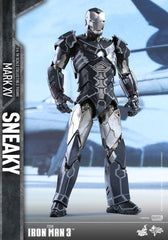 Sneaky (Mark XV) Iron Man 3 1/6 Collectible Figure, Hot Toys