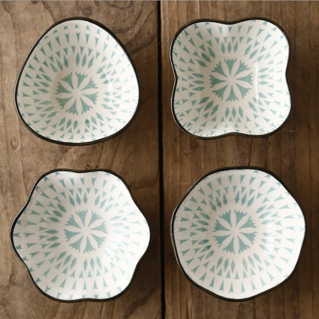 4 pcs Glazed Ceramic Small Bowls.