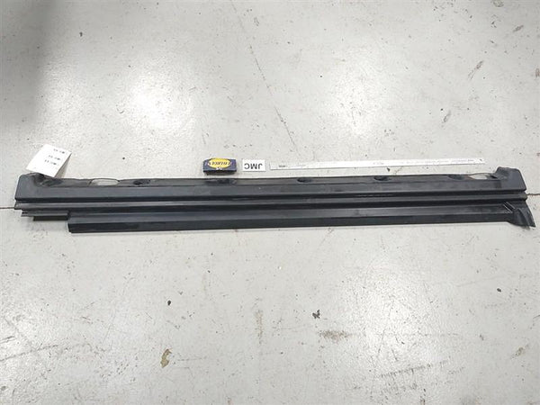 Land Rover Range Rover Right Side Skirt Moulding Trim