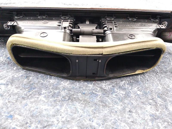 BMW 528i Right and Center Dash Air Vents with Dash Trim Cover