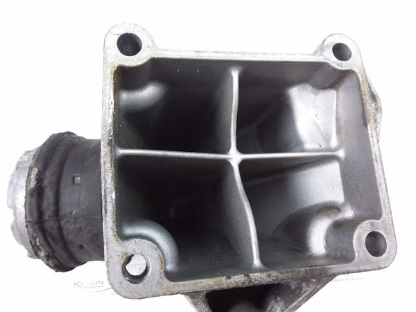 Mercedes-Benz C230 ENGINE MOUNTS