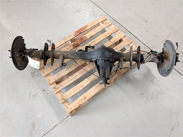 Land Rover Discovery Series II Rear Differential Drive Axle Assembly