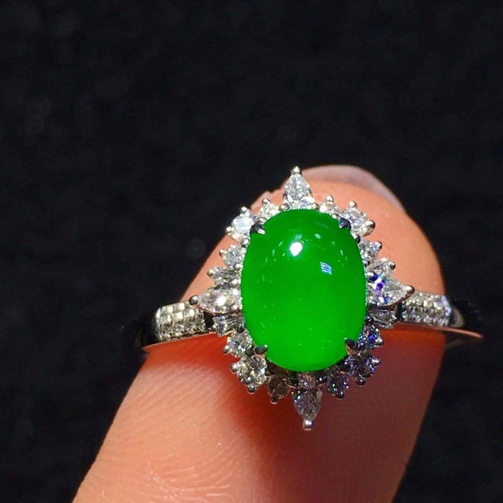 High-End Imperial Jadeite Jade Luxury Ring ( Collectibles ) L92