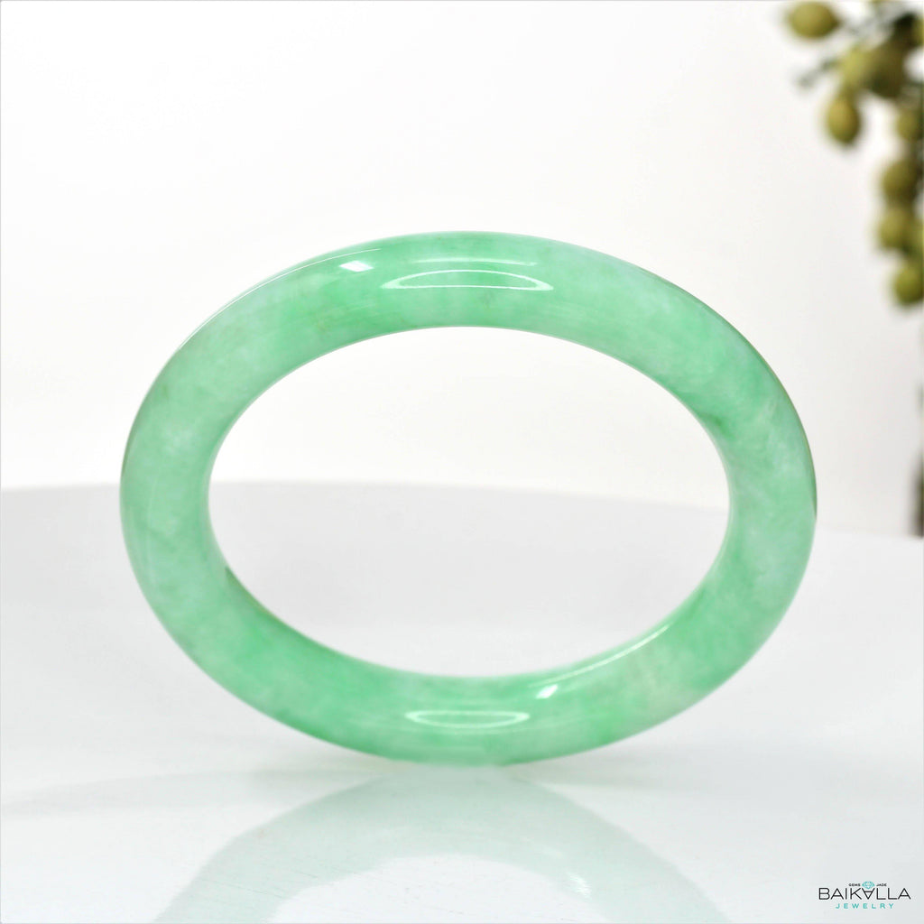 Genuine Burmese Apple Green Jadeite Jade Bangle Bracelet ( 53.3 mm) #107