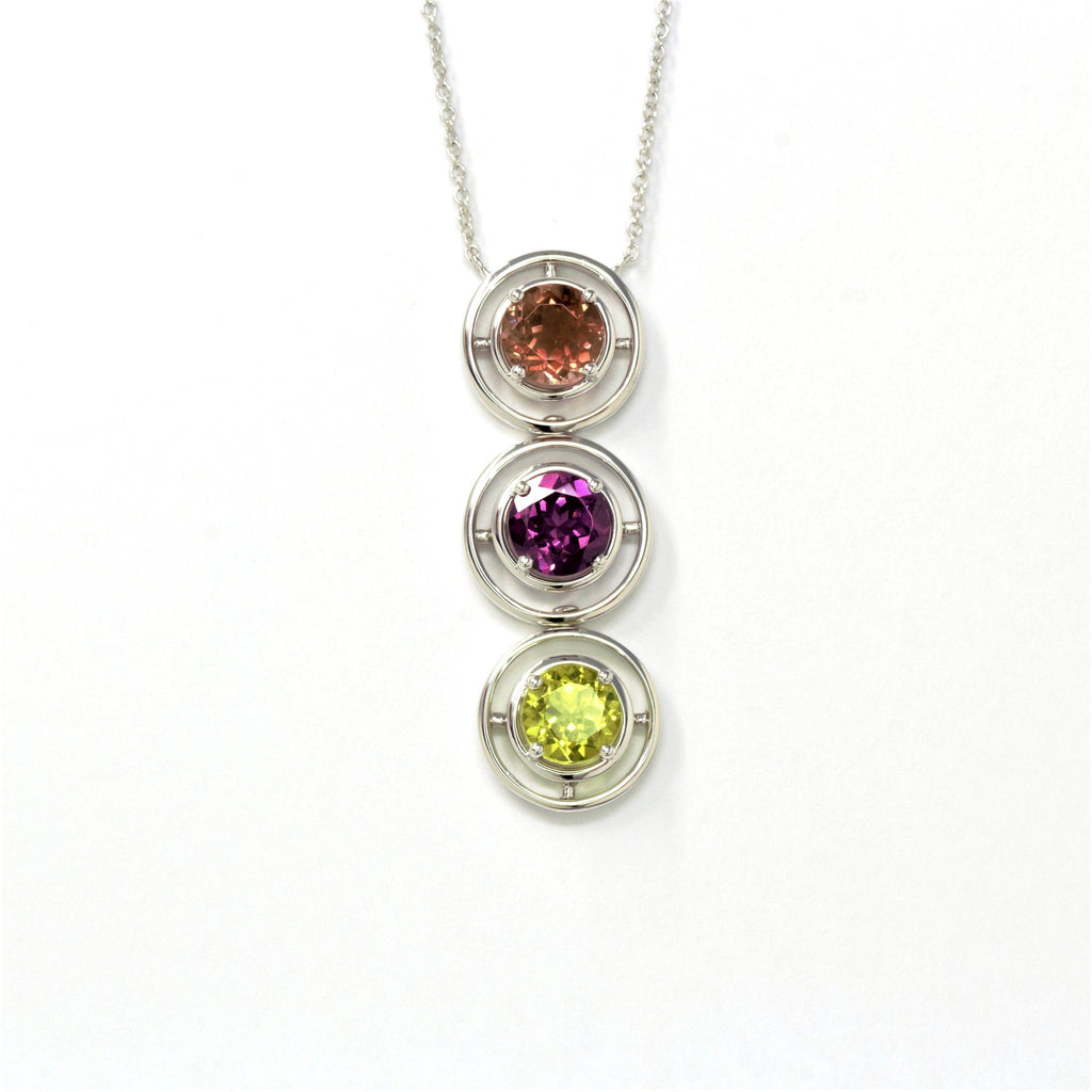 14k Gold Natural  3 Gemstones ( Sunstone .Garnet. Peridot. ) Pendant Necklace
