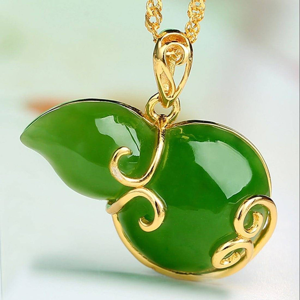 Sterling Silver Genuine Nephrite Green Jade Hu Lu Necklace (high quality)