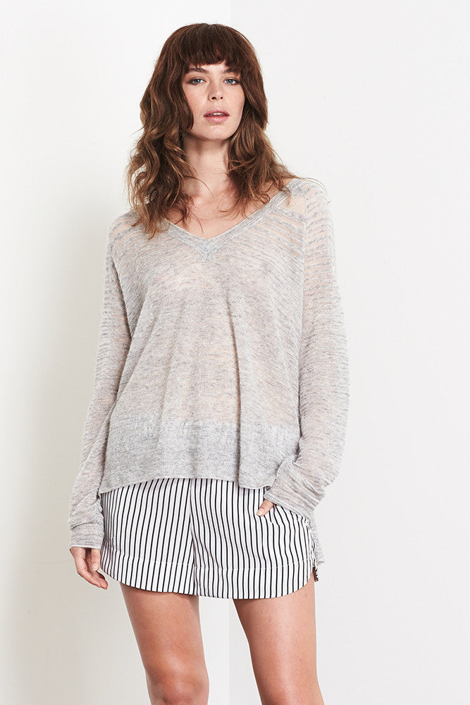 Organza Raglan Vee | Grey - Banjo & Matilda | International  - 1