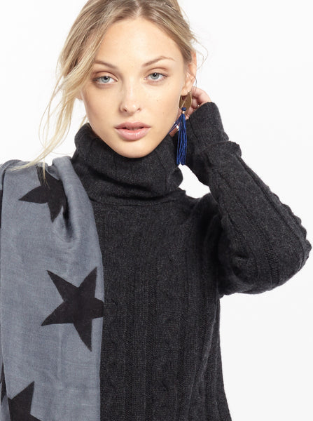 Star Scarf | Grey + Black