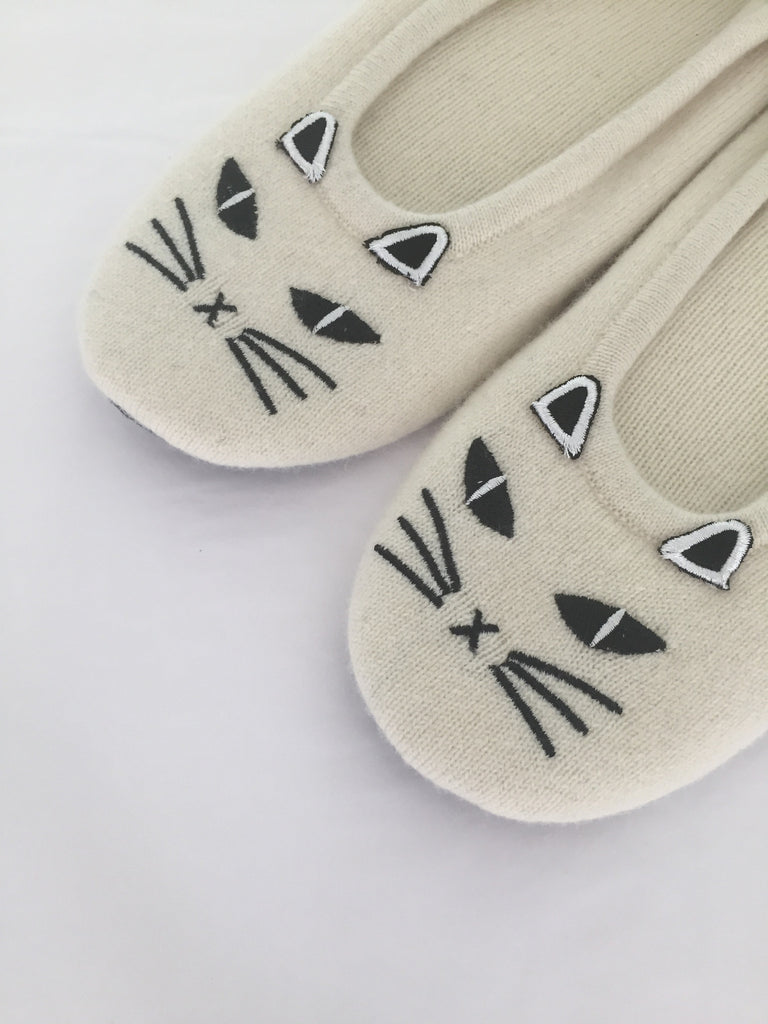 Cat Slippers | Ivory & Black - Banjo & Matilda | International  - 2
