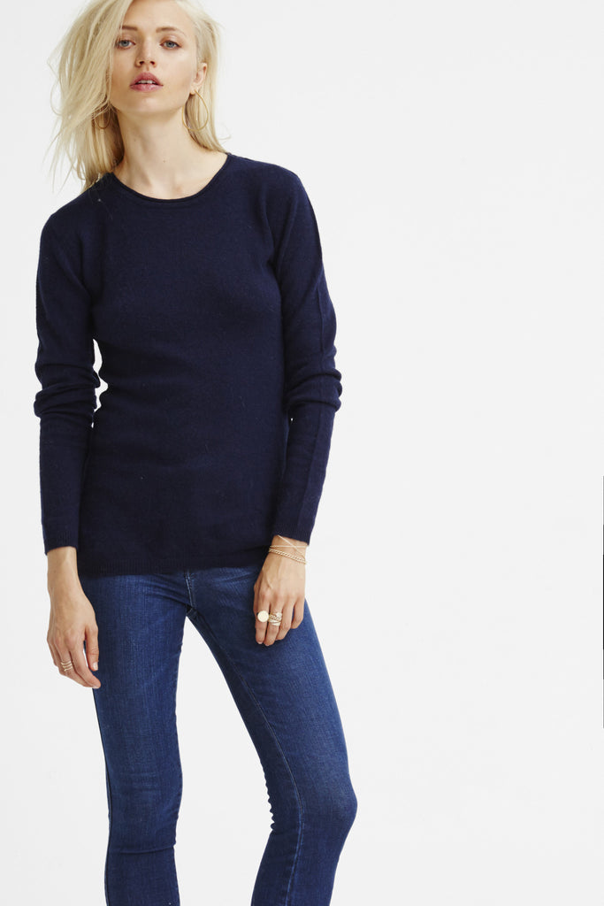 Surfer Crew Neck Sweater | Navy - Banjo & Matilda | International  - 3
