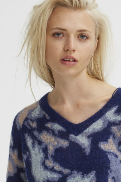 Mohair Camo V-Neck Sweater | Mixed Blue