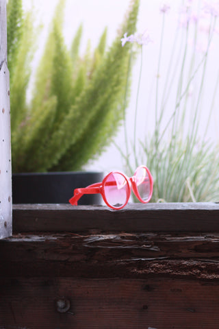 Eye Candy Sunglasses - Romantic Red Second
