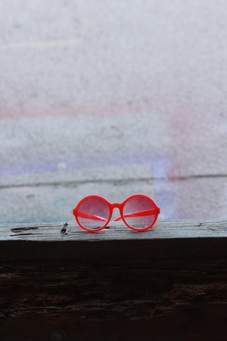 Eye Candy Sunglasses - Romantic Red