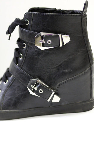 Cool Buckled Wedge Sneakers Second