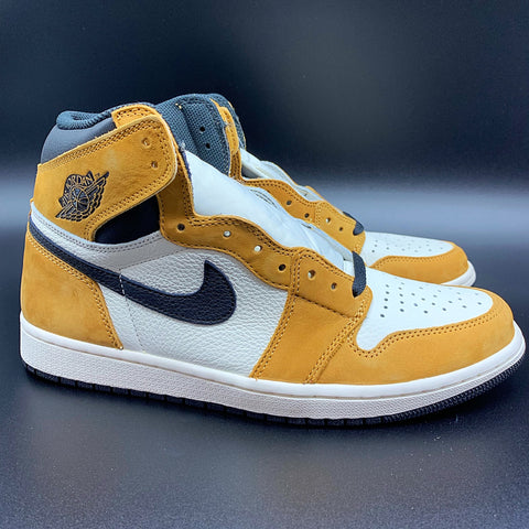 low priced fb001 d5e9f Air Jordan 1 Retro High OG
