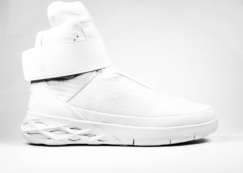 fac4e0dff5 Nike Men's Swoosh Hunter Triple White – KickzStore