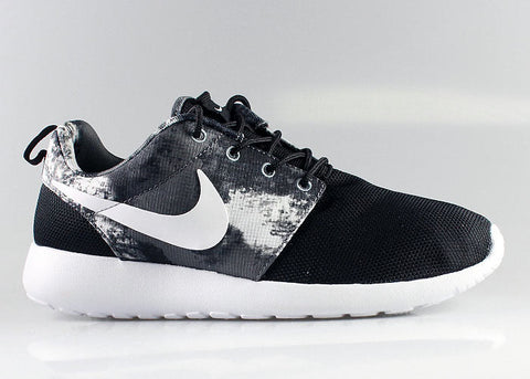 c04958fafa59 One of Nike s most successful new model of shoes is the Nike Roshe Run.  Lightweight and breathable