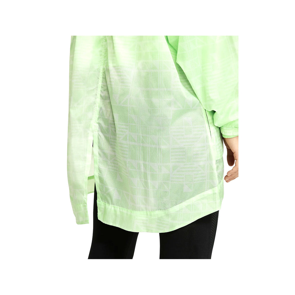 Nike Women's Sportswear NSW Cucumber Calm Long Tail Light Woven Jacket
