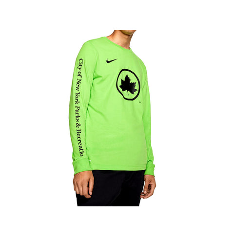 Nike Men's NSW Sportswear NYC Parks Long sleeve Tee Action Green T-Shirt