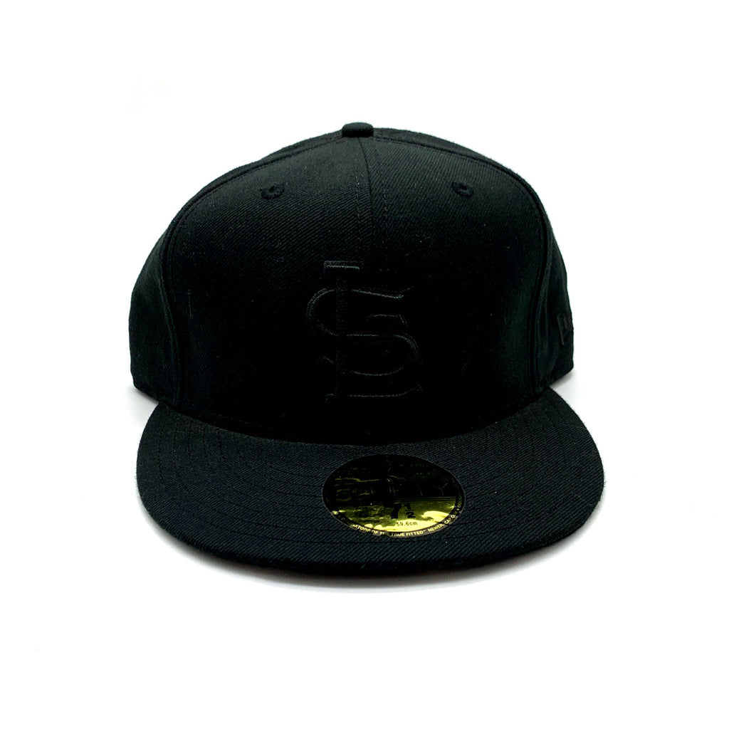 New Era 59FIFTY Basic ST. Louis Cardinals Blackout Fitted Hat - KickzStore