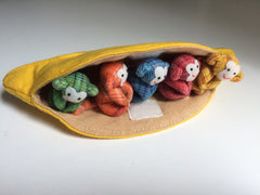 5 little monkeys in banana